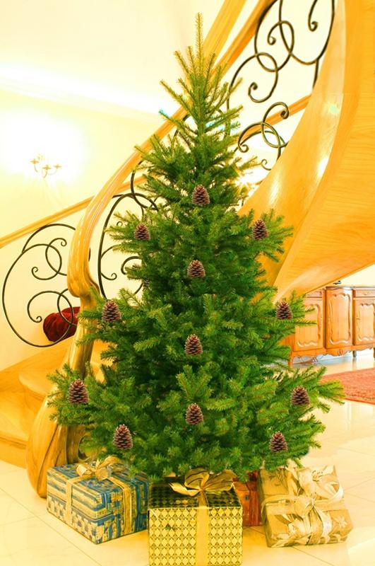 Umelý vianočný stromček - Smrek prírodný 120 cm