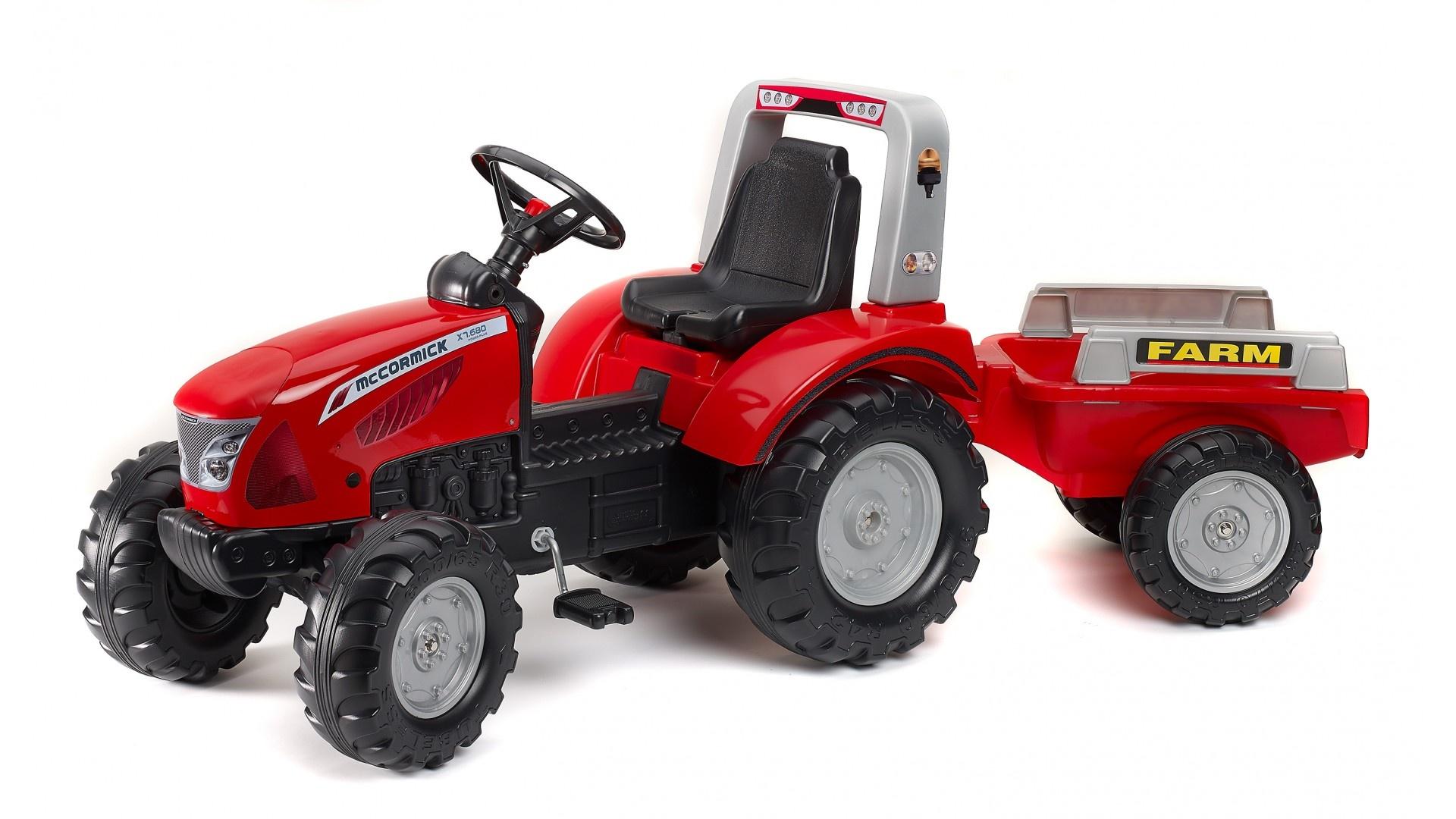 Falk Šlapací traktor MAC CORMICK 3020AB s vlečkou